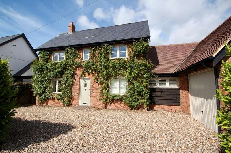4 Bedrooms Detached House for sale in Totternhoe Road, Eaton Bray, Bedfordshire, LU6 2BD