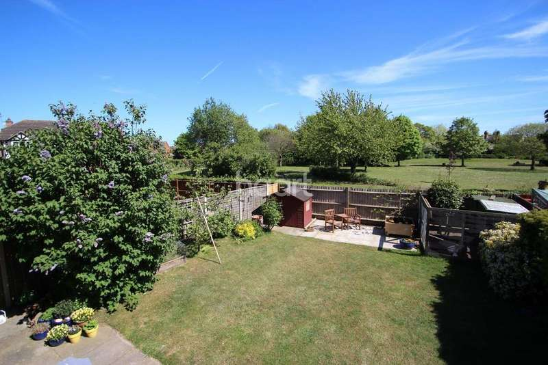 3 Bedrooms Detached House for sale in Cardew Drift Kesgrave