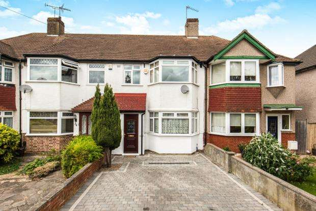 3 Bedrooms Terraced House for sale in Cheam, Sutton