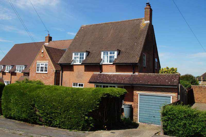 3 Bedrooms Detached House for sale in Stonelea Road, Hemel Hempstead, Herts
