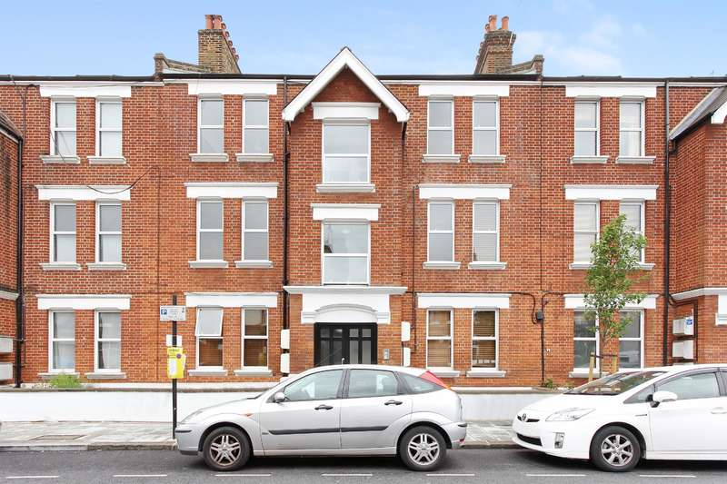 2 Bedrooms Flat for sale in Bavent Road, London, SE5