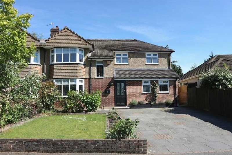 4 Bedrooms Semi Detached House for sale in Lower Wood Road, Claygate