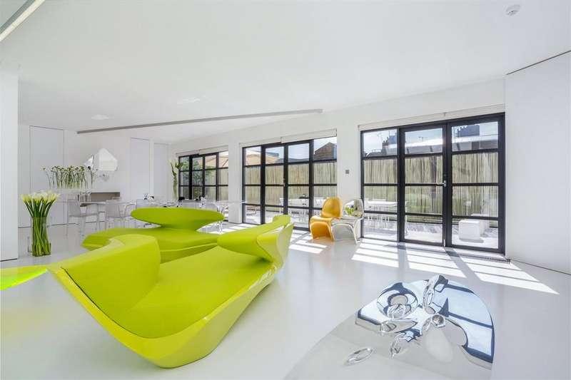 2 Bedrooms Penthouse Flat for sale in Dallington Street, Clerkenwell, London, EC1V