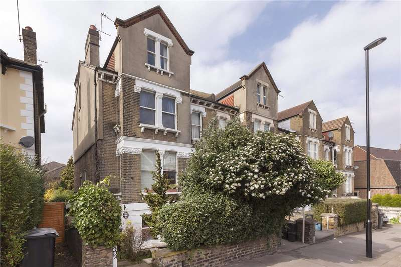 2 Bedrooms Maisonette Flat for sale in Moreton Road, South Croydon