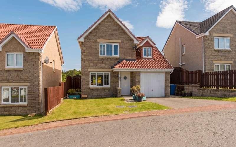3 Bedrooms Detached House for sale in Woodlands Park, Westhill, Inverness, Highland, IV2 5FJ