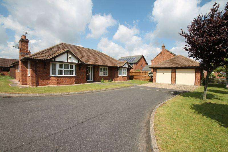 3 Bedrooms Detached Bungalow for sale in Campion Close, Spalding