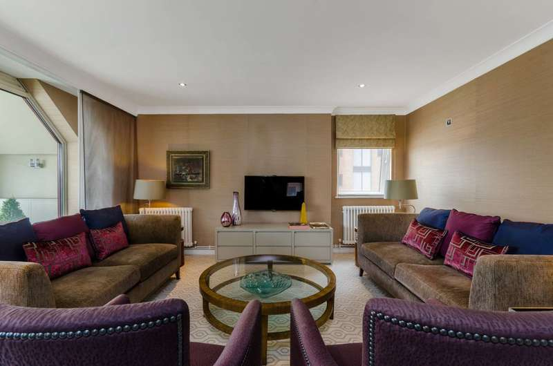 2 Bedrooms Flat for sale in William Morris Way, Sands End, SW6
