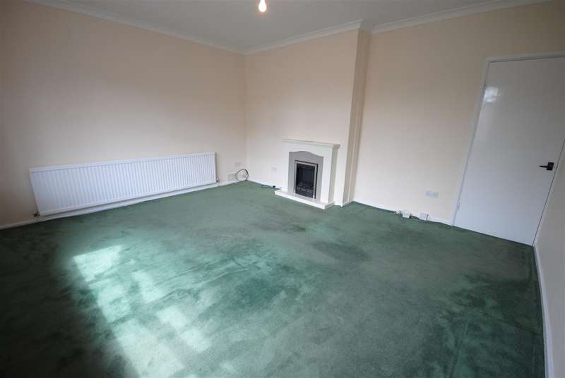 3 Bedrooms Property for sale in Douglas Bank Drive, Wigan