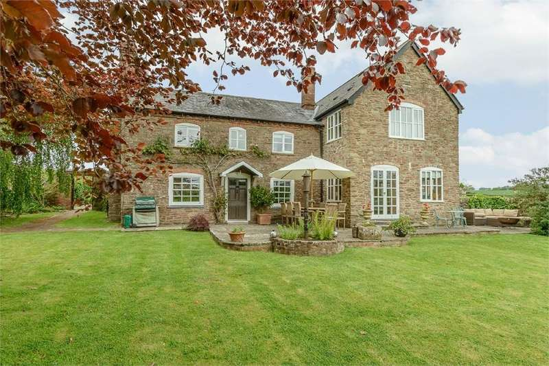 5 Bedrooms Detached House for sale in Kimbolton, Leominster, Herefordshire