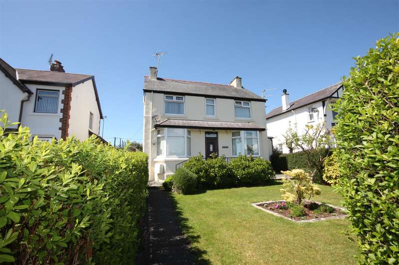 3 Bedrooms Detached House for sale in Glan Madryn, Greenfield Avenue, Llangefni