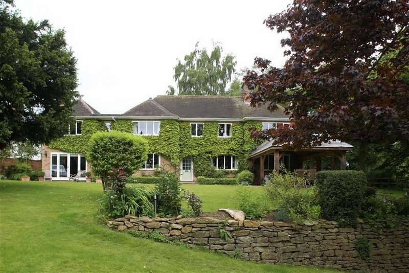 5 Bedrooms Detached House for sale in High Street, Welton, Northamptonshire