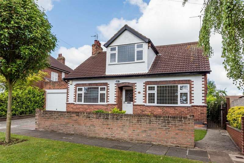 4 Bedrooms Detached House for sale in Greencliffe Drive, Clifton Green, York