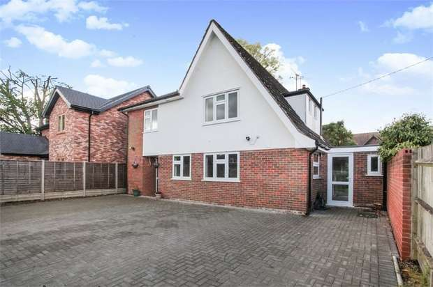 4 Bedrooms Detached House for sale in Bates Lane, Weston Turville, Aylesbury, Buckinghamshire