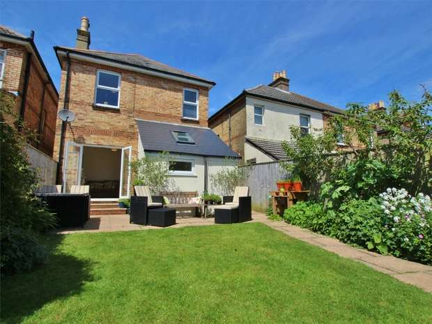 3 Bedrooms Detached House for sale in Hillman Road, POOLE, Dorset