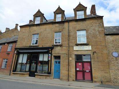 4 Bedrooms Maisonette Flat for sale in South Petherton, Somerset