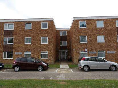 2 Bedrooms Flat for sale in 16 Solent Road, Portsmouth, Hampshire
