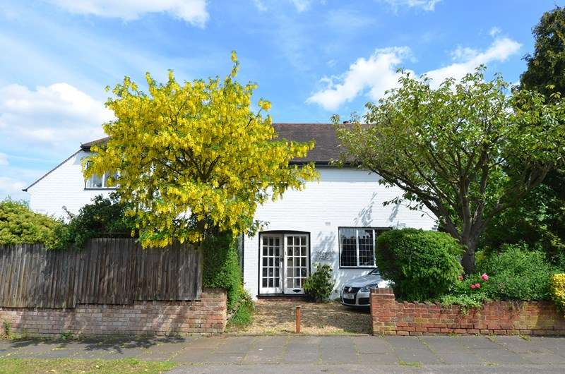 4 Bedrooms Detached House for sale in The Hurst, Moseley, Birmingham