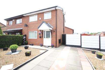 2 Bedrooms Semi Detached House for sale in Florence Street, Daisyfield, Blackburn, Lancashire, BB1