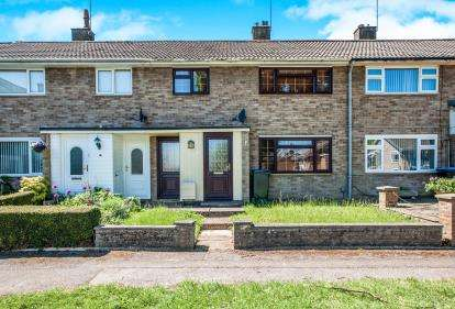 3 Bedrooms Terraced House for sale in Hilldown Road, Hemel Hempstead, Hertfordshire, .