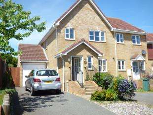 3 Bedrooms Semi Detached House for sale in Haven Way, Newhaven, East Sussex