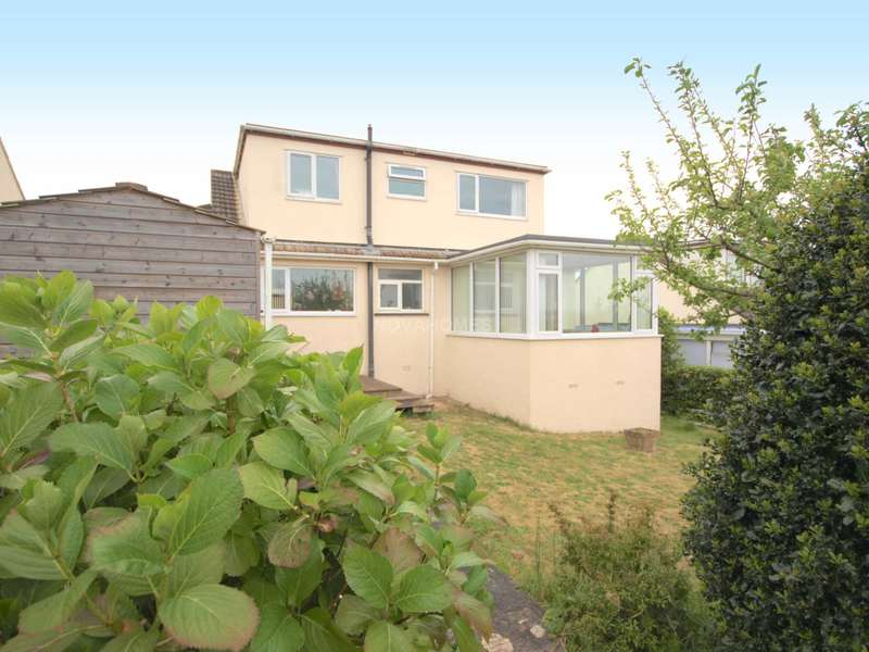 3 Bedrooms Detached House for sale in Saltash. PL12 6HB
