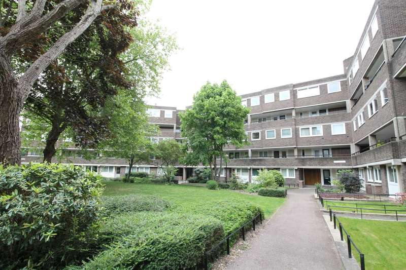 2 Bedrooms Apartment Flat for sale in Otho Court, Brentford