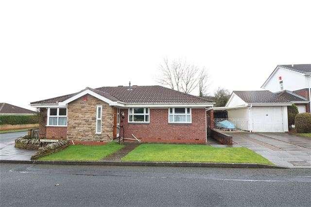 3 Bedrooms Detached Bungalow for sale in Oakshaw Close, Carlisle, Cumbria, CA3 0EQ