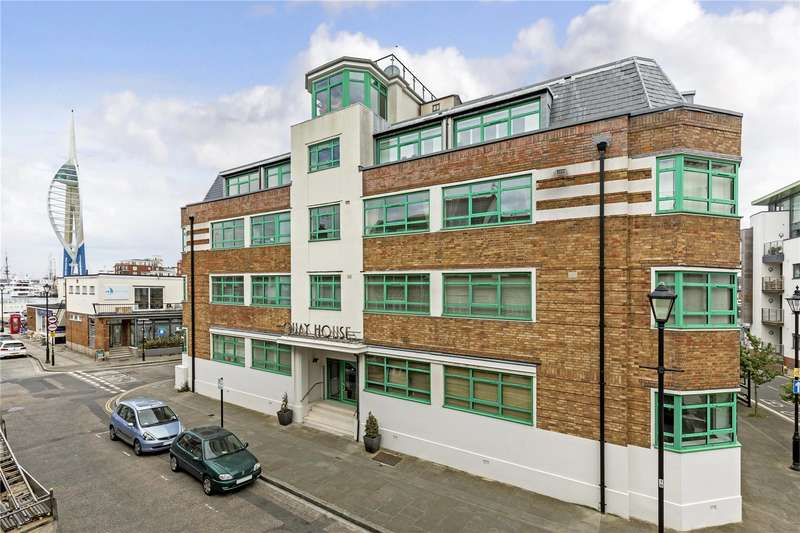 3 Bedrooms Flat for sale in Quay House, Broad Street, Portsmouth, Hampshire, PO1