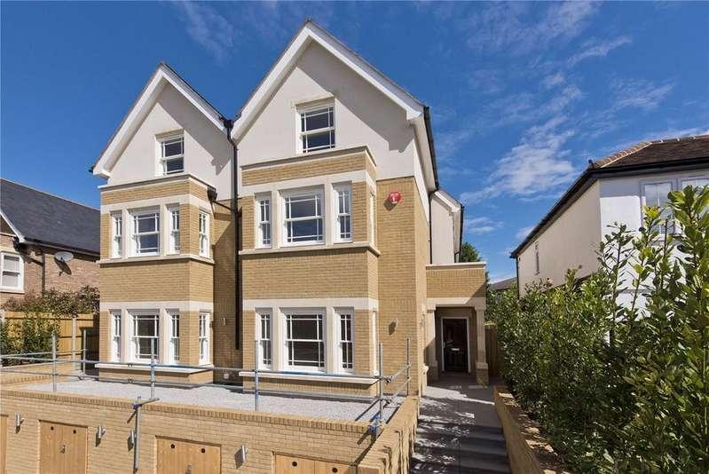 4 Bedrooms Semi Detached House for sale in Baker Street, Weybridge, Surrey, KT13