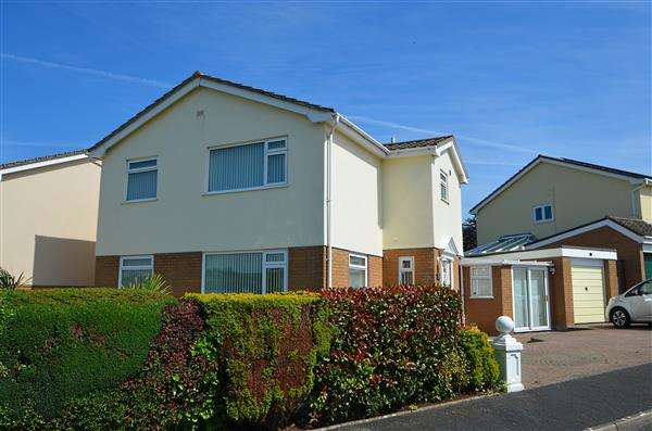 4 Bedrooms Detached House for sale in West Cliff Park Drive, Dawlish