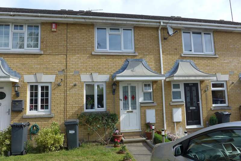 2 Bedrooms Terraced House for sale in Westmacott Drive, Feltham