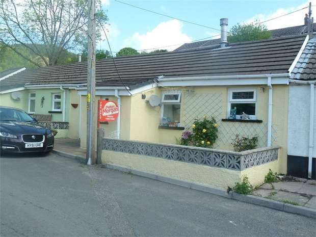 2 Bedrooms Terraced Bungalow for sale in Pantile Row, Glyncorrwg, Port Talbot, West Glamorgan