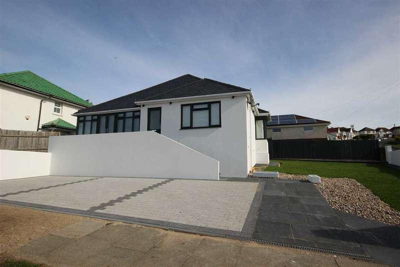 3 Bedrooms Bungalow for sale in Oaklands Avenue, Saltdean