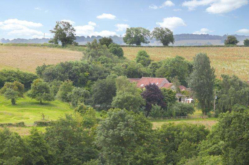 5 Bedrooms Semi Detached House for sale in Lower Strode, Nr Chew Stoke, North Somerset, BS40