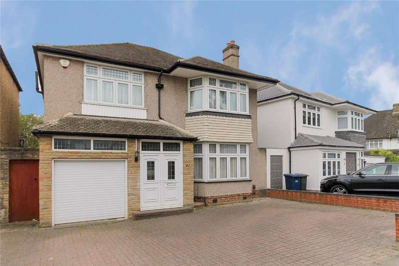 4 Bedrooms Detached House for sale in Park Grove, Edgware, London, HA8