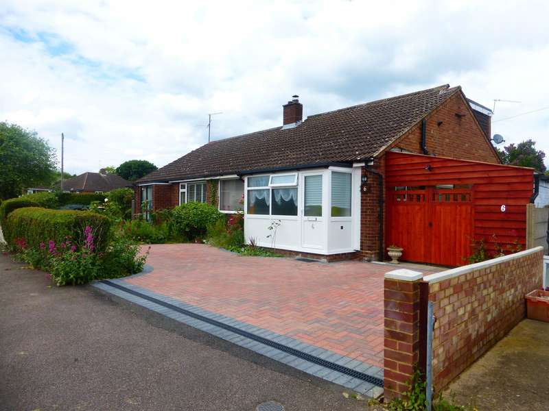 3 Bedrooms Semi Detached Bungalow for sale in Tudor Close, Bromham, Bedford, MK43