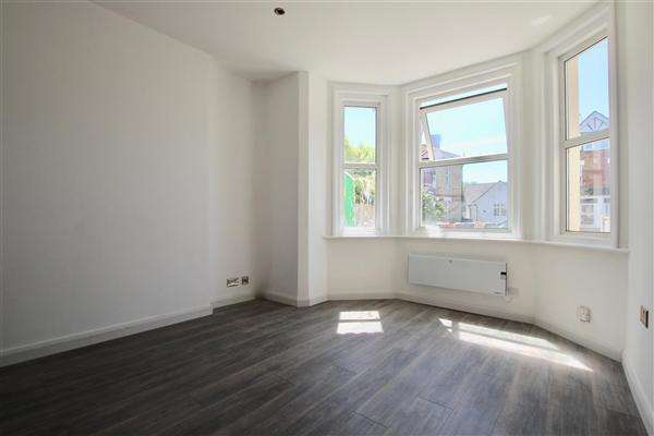 1 Bedroom Flat for sale in Stewart Road, Bournemouth