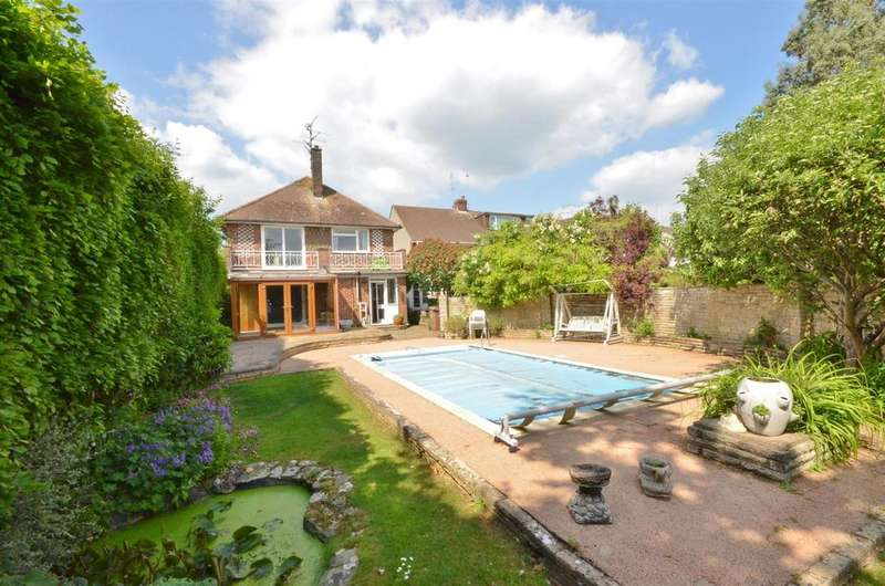 4 Bedrooms Detached House for sale in Old Bedford Road
