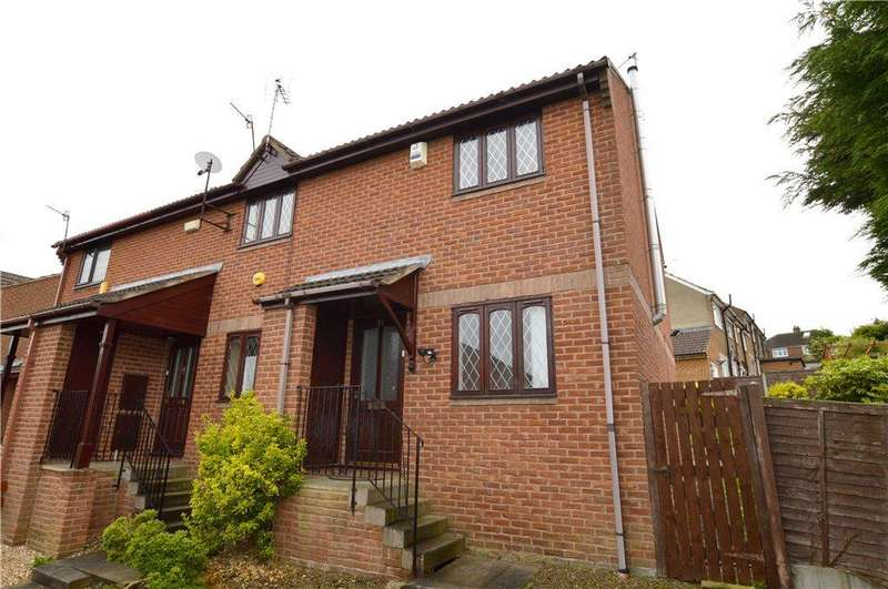 2 Bedrooms Terraced House for sale in Millbank Court, Pudsey, West Yorkshire