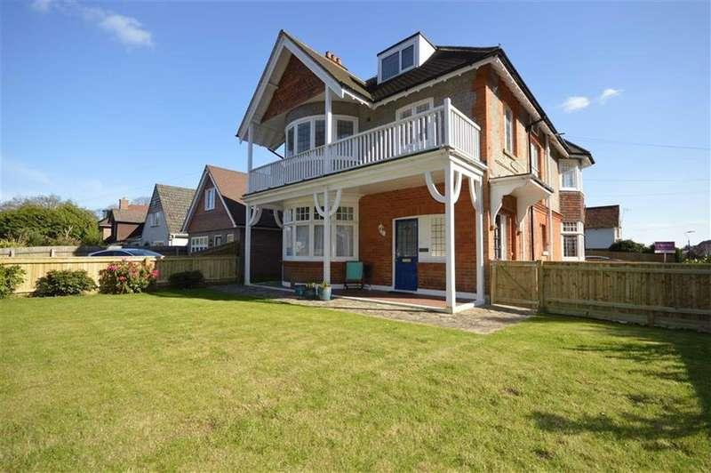 2 Bedrooms Flat for sale in 18 Queens Park Garden, Bournemouth, Dorset, BH8