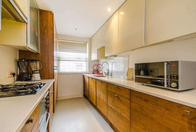 4 Bedrooms House for sale in Surrey Road, Nunhead, SE15