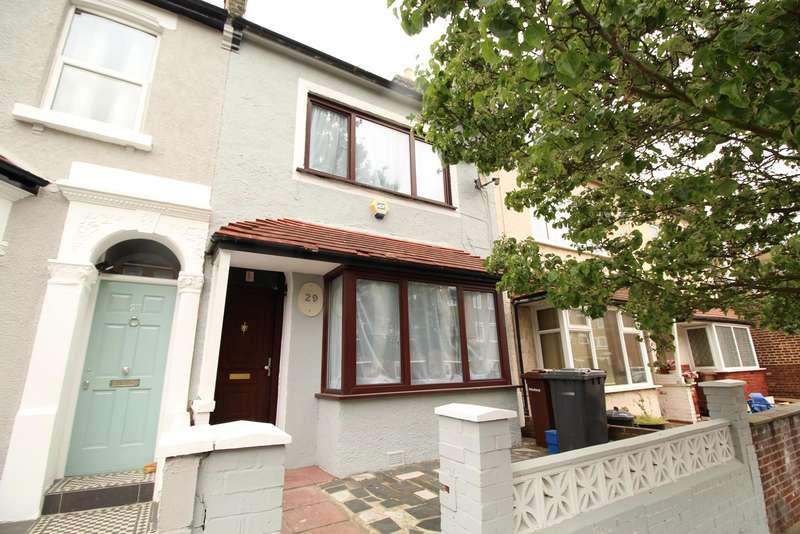 5 Bedrooms Property for sale in Ashenden Road, London, E5