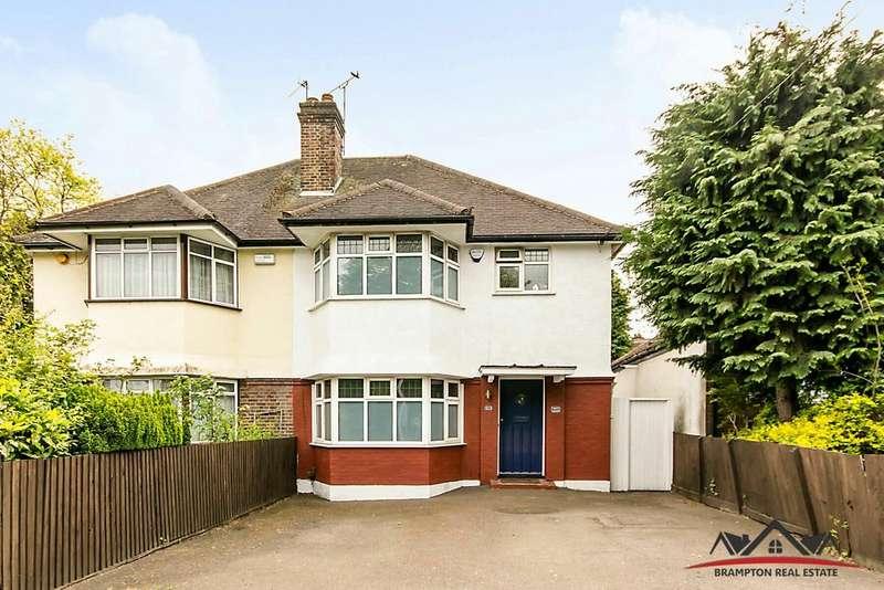 3 Bedrooms Semi Detached House for sale in Hale Lane, Edgware, London HA8