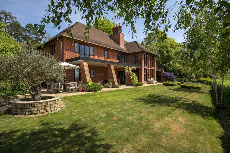 6 Bedrooms Detached House for sale in Warwicks Bench, Guildford, Surrey, GU1