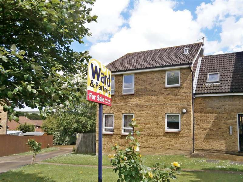 Studio Flat for sale in Oakwood Rise, Tunbridge Wells, Kent
