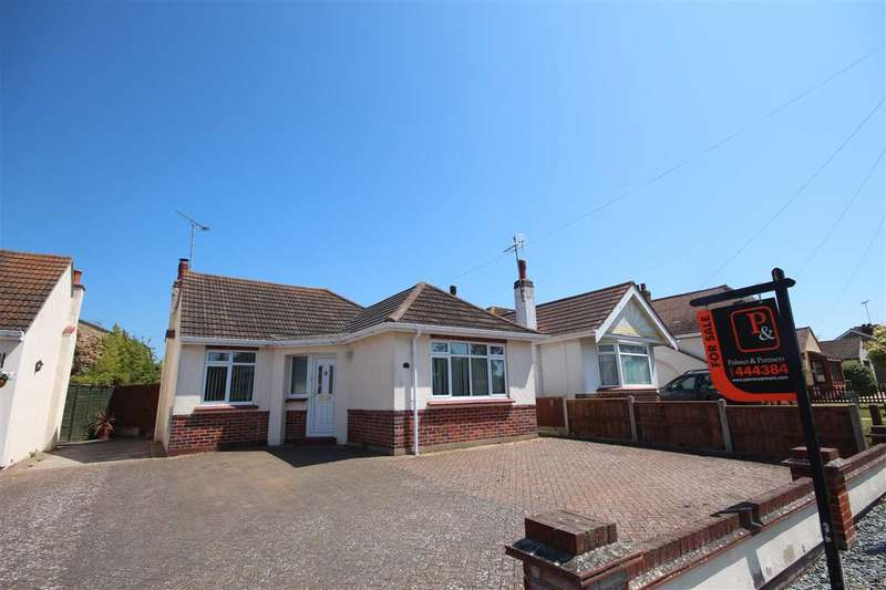 2 Bedrooms Bungalow for sale in Norman Road, Holland-On-Sea