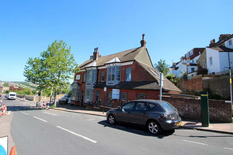 6 Bedrooms Flat for rent in Port Hall Avenue, Brighton
