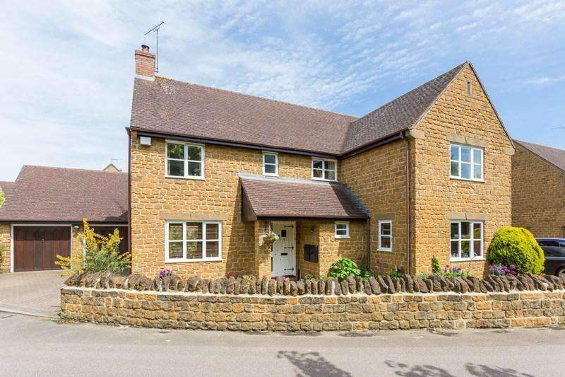 5 Bedrooms Detached House for sale in Ironstone Hollow, Hook Norton, Banbury