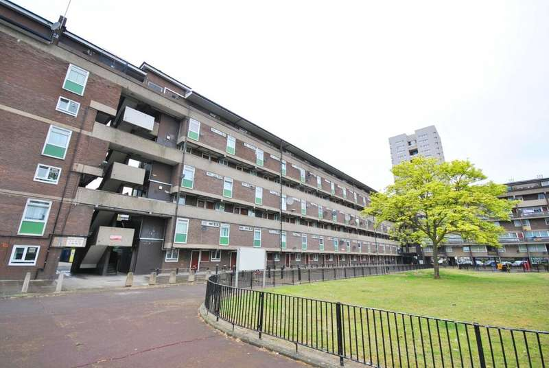 3 Bedrooms Flat for sale in Mursell Estate Stockwell SW8