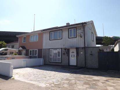 3 Bedrooms Semi Detached House for sale in Maiden Way, Bristol